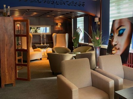 Lese Lounge / Bar